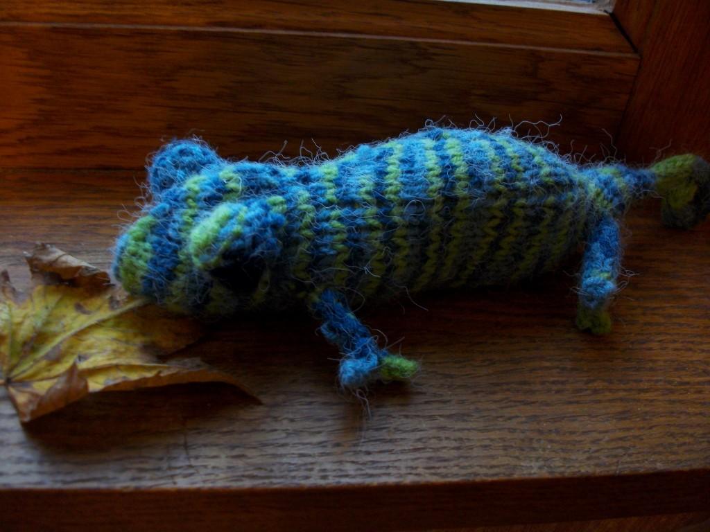 Animaux en tricot tricot corbeau - Animaux en tricot facile ...